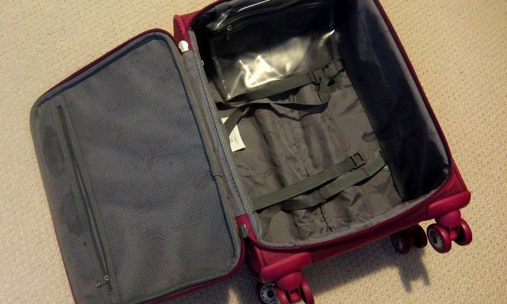 Actualiza Web, maleta sin valor.jpg