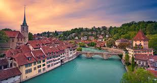 Actualiza Web, Suiza