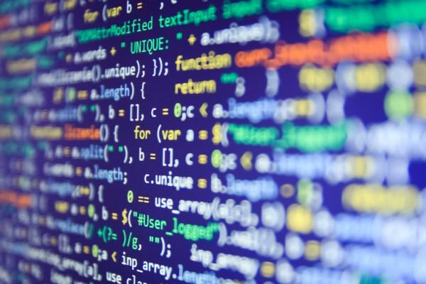 Actualiza Web, Programación